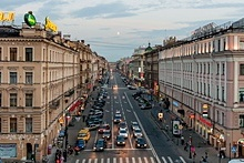 Nevsky Prospekt east of the Fontanka River in St. Petersburg
