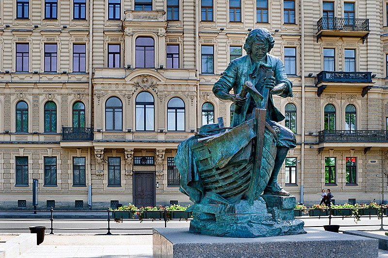 Tsar Carpenter statue on Admiralteyskaya Embankment in St Petersburg, Russia