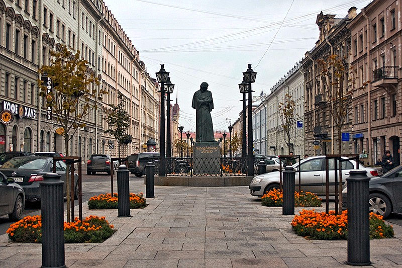 Monument to Nikolay Gogol on Malaya Konyushennaya Ulitsa in Saint-Petersburg, Russia