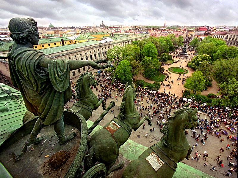 View of Ploshchad Ostrovskogo (Ostrovsky Square) from the roof of the Alexandrinsky Theatre in St Petersburg, Russia