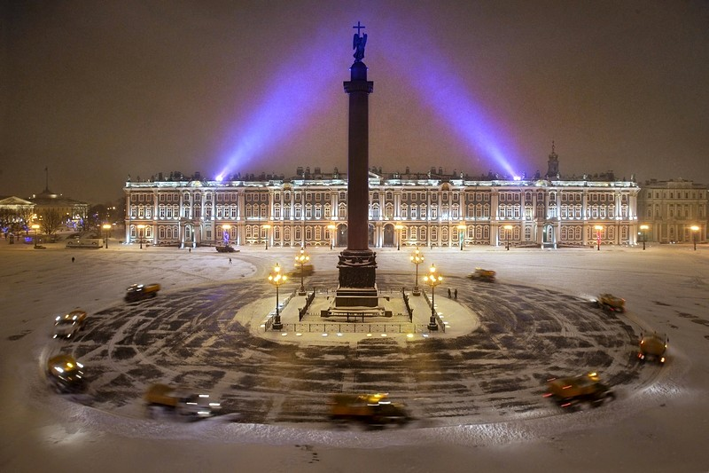 Palace Square in Saint-Petersburg, Russia, am Winter