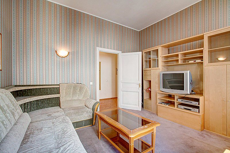 One Bedroom Apartment To Rent Near The Hermitage St Petersburg