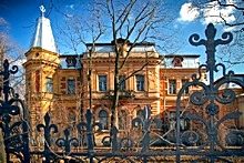 Mansions and villas in St. Petersburg, Russia