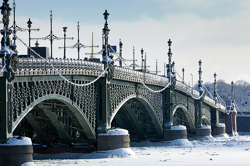 Ice-covered Trinity Bridge in winter in Saint-Petersburg, Russia