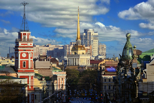 Panorama of famous Petersburg buildings - the Duma, the Admiralty and the Singer Building in St Petersburg, Russia