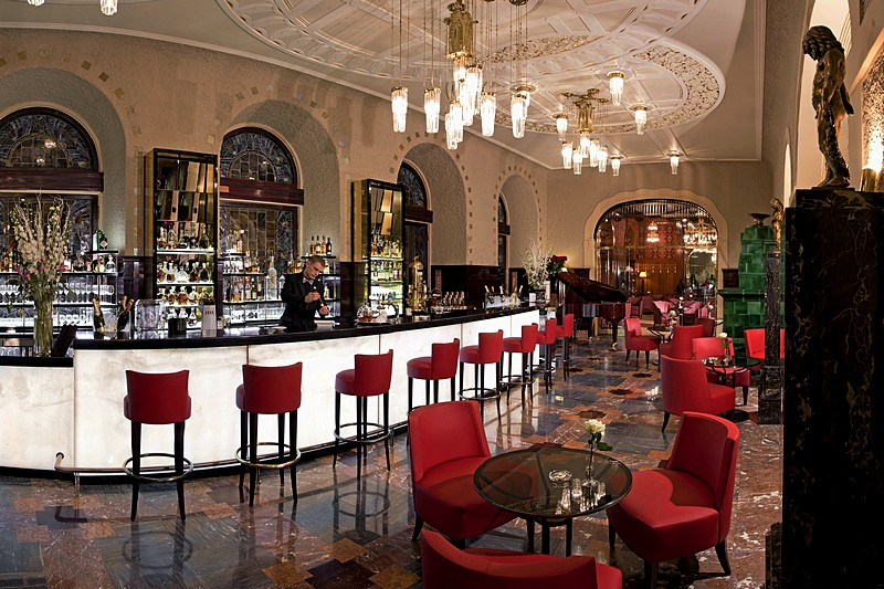 lobby bar at grand hotel europe in st petersburg. Black Bedroom Furniture Sets. Home Design Ideas