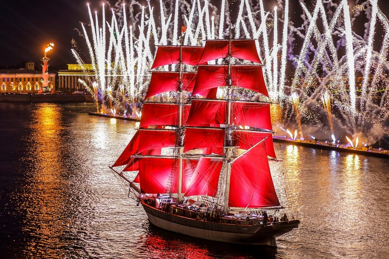 Alye Parusa - Scarlet sails and silver-coloured fireworks in St. Petersburg, Russia