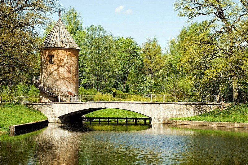 Pil Tower (Mill) and bridge over the Slavyanka River in Pavlovsk Park, southern suburbs of St Petersburg