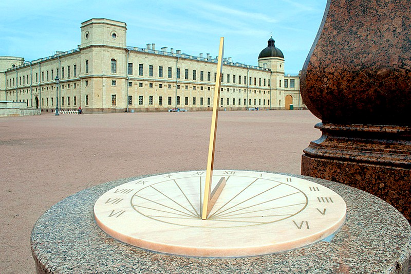 Sun-dial in front of Gatchina Palace in Gatchina, south of Saint-Petersburg, Russia