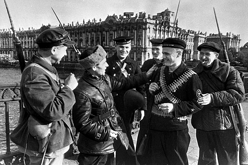 Defenders of Leningrad. Workers of the Kirov Factory and young sailors on a bridge, Russia