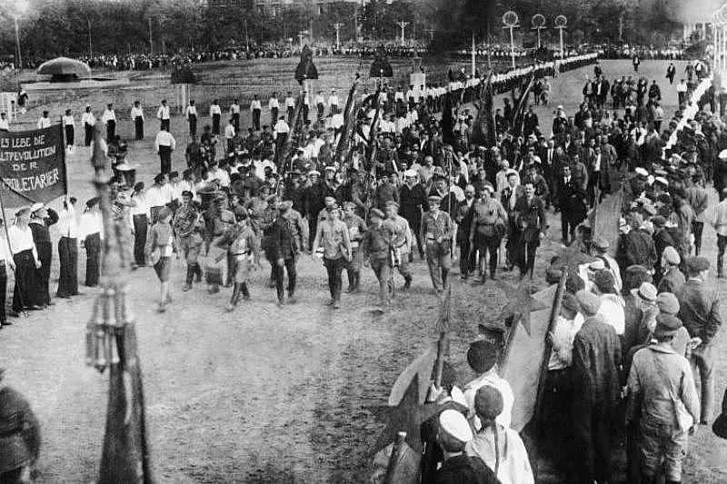 Parade of delegates across the Field of Mars to a session of the Second Congress of the Comintern. Petrograd, 19 July 1919, Russia