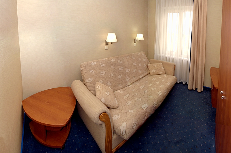 One Bedroom Suite At St Petersburg 39 S Cameo Hotel
