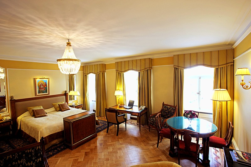 Belle Chambre Junior Suites At St Petersburg S Belmond