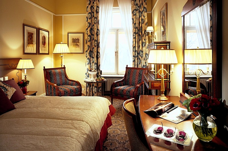 Deluxe Arts Square View Rooms At St Petersburg S Belmond