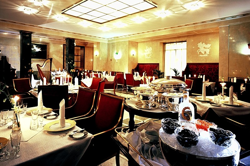 Caviar bar restaurant at belmond grand hotel europe in for Grand bar cuisine