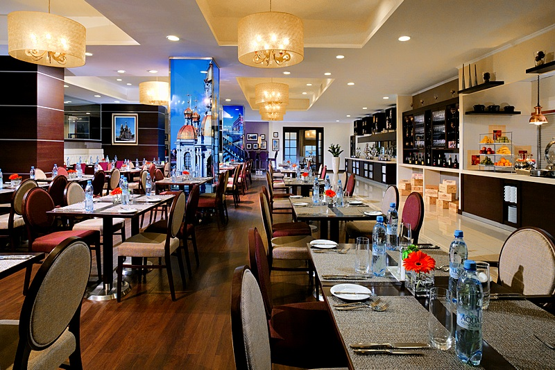 Poema Restaurant at the Marriott Courtyard Center West / Pushkin Hotel in St. Petersburg