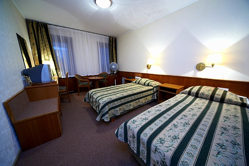 Standard Twin Room at the Neptun Business Hotel in St. Petersburg
