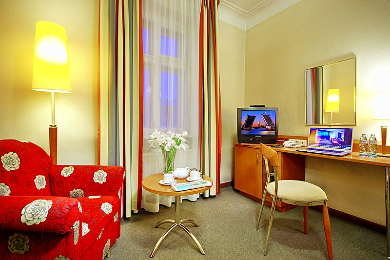 Studio Double at the Oktiabrskaya Hotel in St. Petersburg