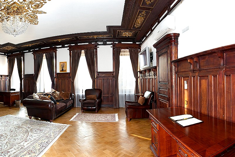 Luxury Suite at the Rossi Boutique Hotel in St. Petersburg