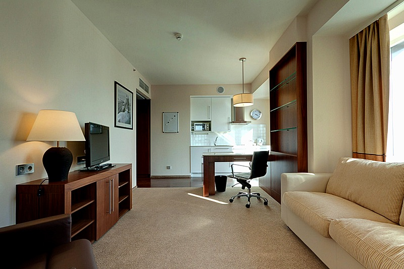 One bedroom suites at st petersburg 39 s 5 star staybridge suites hotel for One bedroom apartments in st petersburg fl