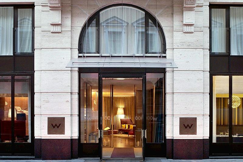 W St Petersburg Hotel In