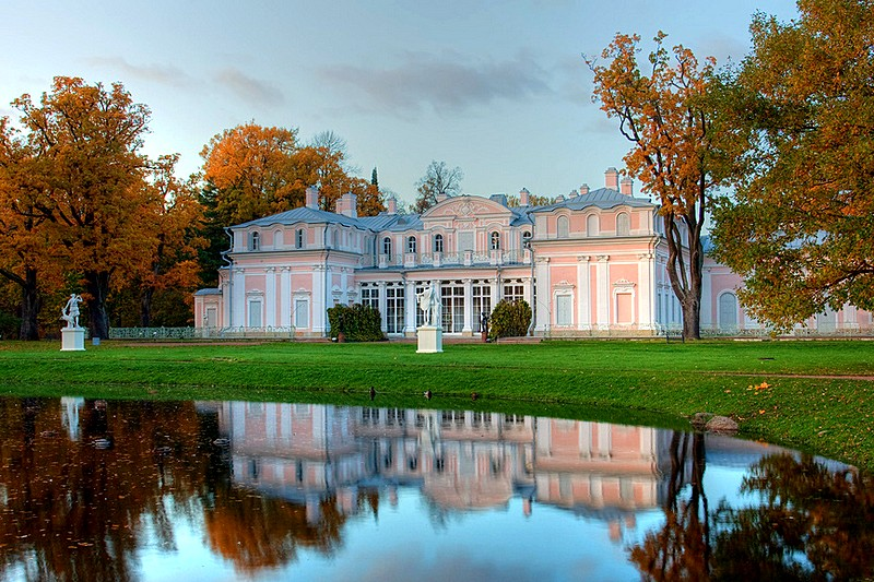 Rococo Chinese Palace in Oranienbaum, west of St Petersburg, Russia