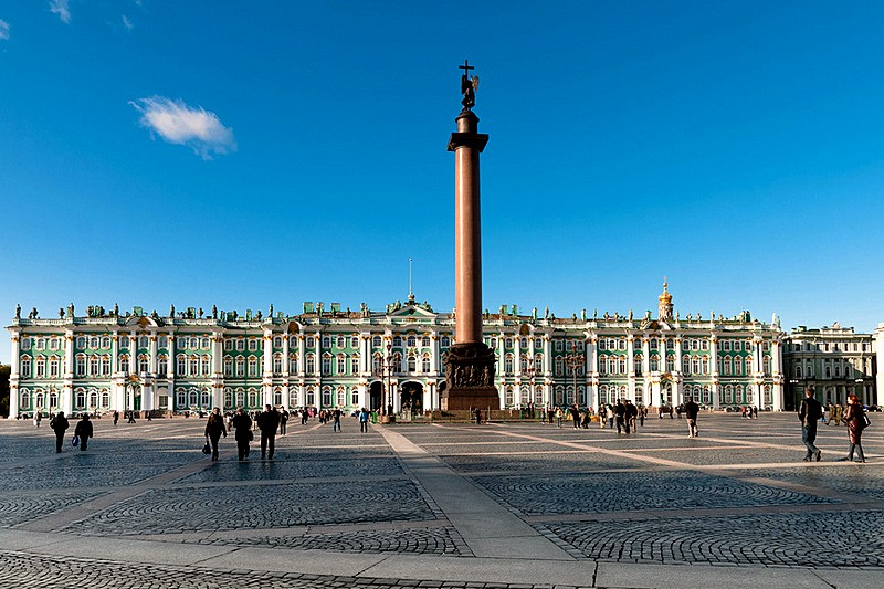 Alexander Column in the middle of Palace Square in St Petersburg, Russia