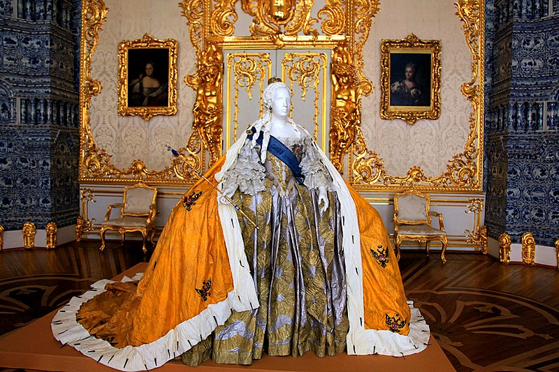 Replica of a ball gown of Empress Elizabeth displayed at the Catherine Palace in Tsarskoye Selo (Pushkin), south of Saint-Petersburg, Russia