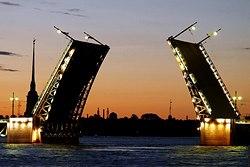 palace bridge st petersburg
