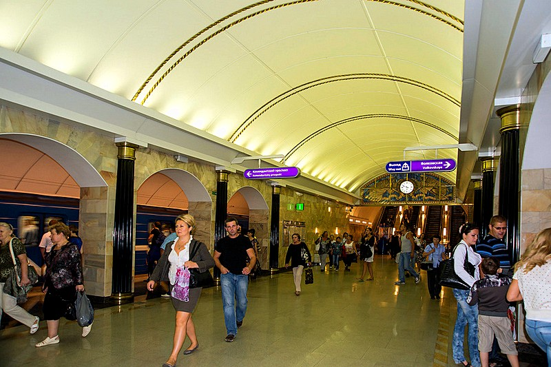 The lower vestibule between the platforms at one of St. Petersburg's newest stations, Russia