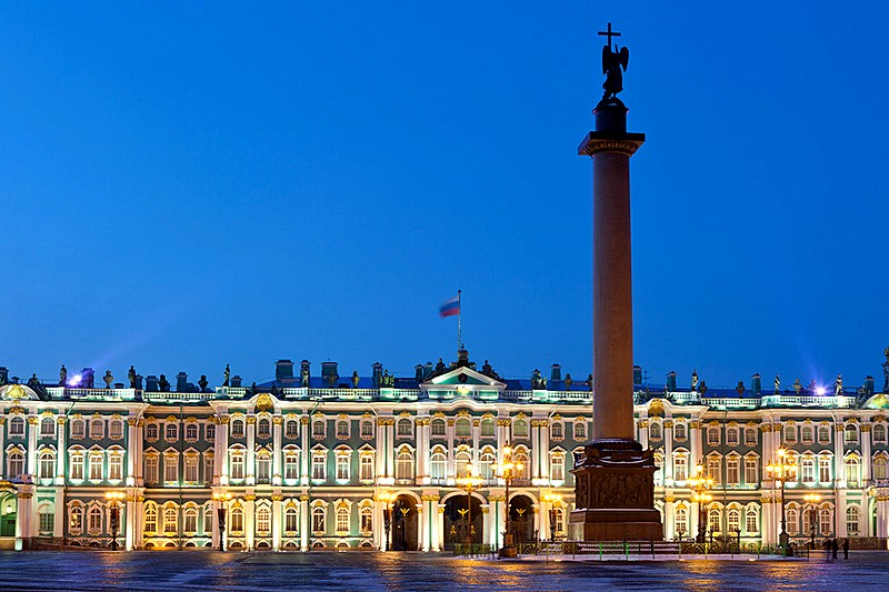 Alexander Column and the Winter Palace in St Petersburg, Russia